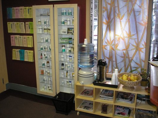 biotherapy-colonic-colon-hydrotherapy-acupuncture